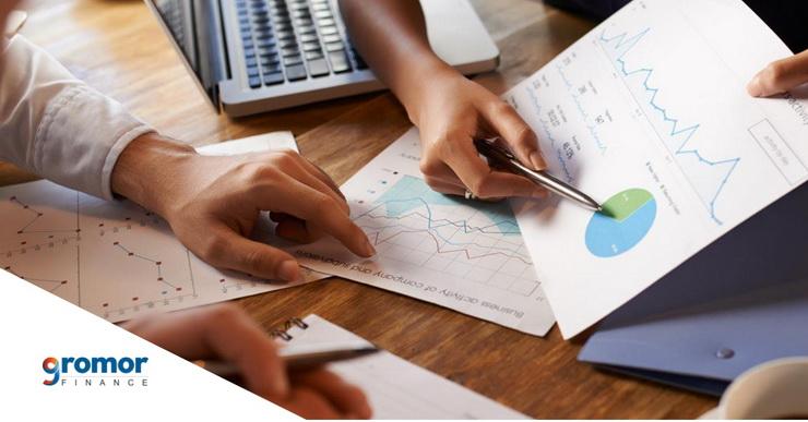 व्यावसायिक लोनच्या व्याज दरावर परिणाम करणारे ५ घटक