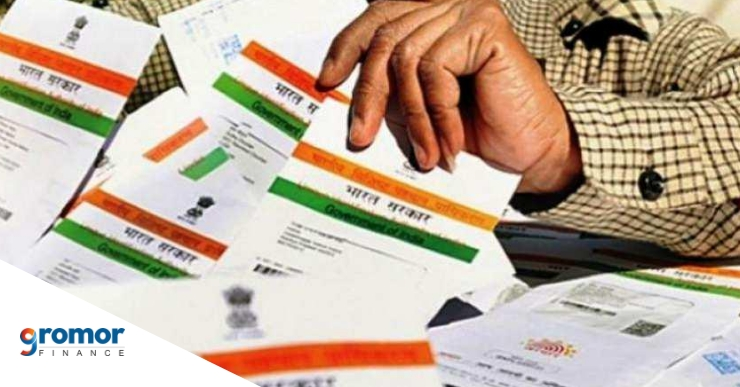 Have You Applied For Aadhaar, But Not Received It Yet- You Can File A Complaint!