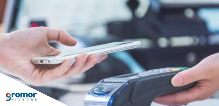छोटे व्यापार के मालिकों के लिए मोबाइल वॉलेट इस्तेमाल करने के तीन फ़ायदे नीचे दिए गए हैं!
