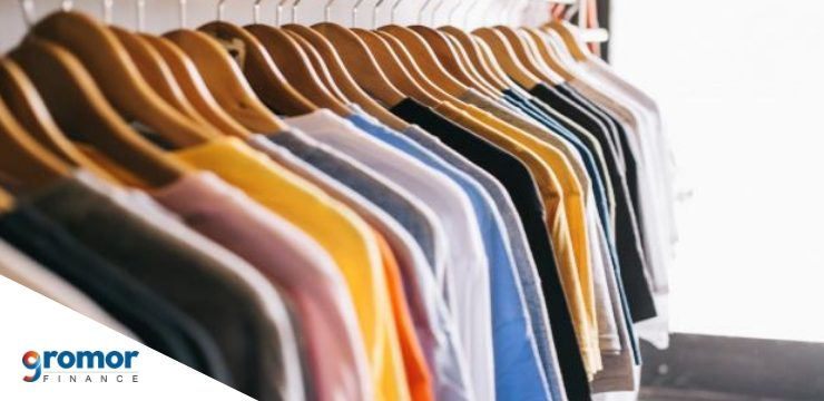 Expand clothing service company