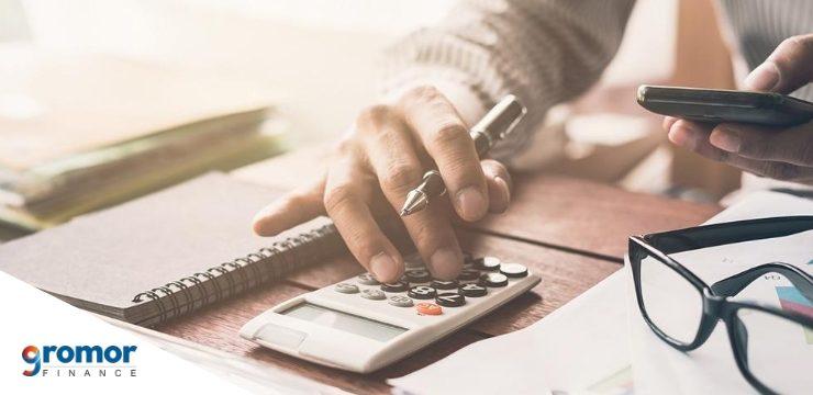 आपके छोटे व्यापार के लिए एक एकाउंटेंट को काम पर रखने के कुछ कारण नीचे दिए गए हैं