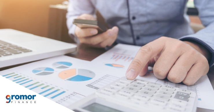 How can overhead costs impact small businesses